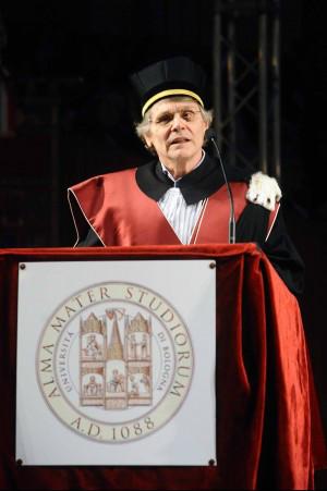 daniel-pennac-durante-la-laurea-ad-honorem-in-pedagogia-bologna-26-marzo-2013